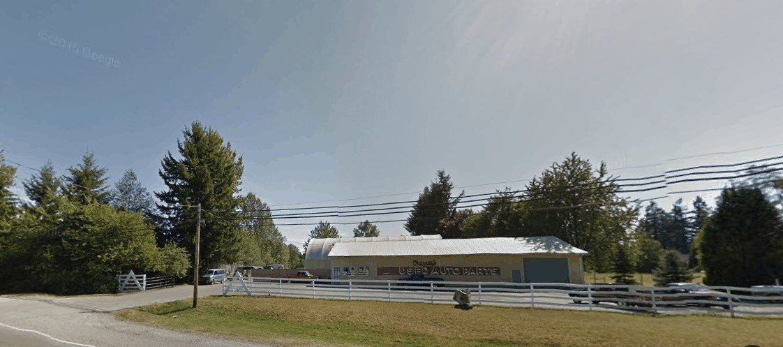 Main Photo: 23360 FRASER HIGHWAY in Langley: Business with Property  : MLS®# C8010142