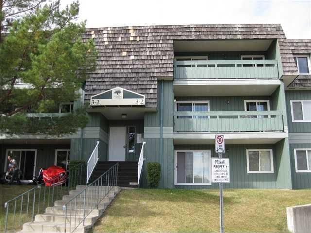 Main Photo: 3107 315 SOUTHAMPTON Drive SW in CALGARY: Southwood Condo for sale (Calgary)  : MLS®# C3540877