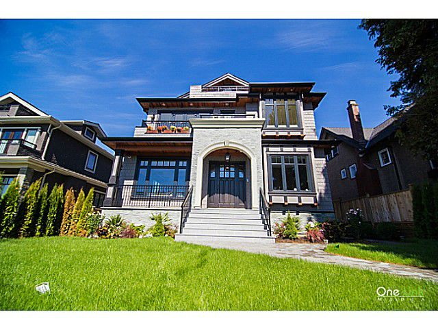 """Main Photo: 4015 W 35TH AV in Vancouver: Dunbar House for sale in """"DUNBAR"""" (Vancouver West)  : MLS®# V1024670"""