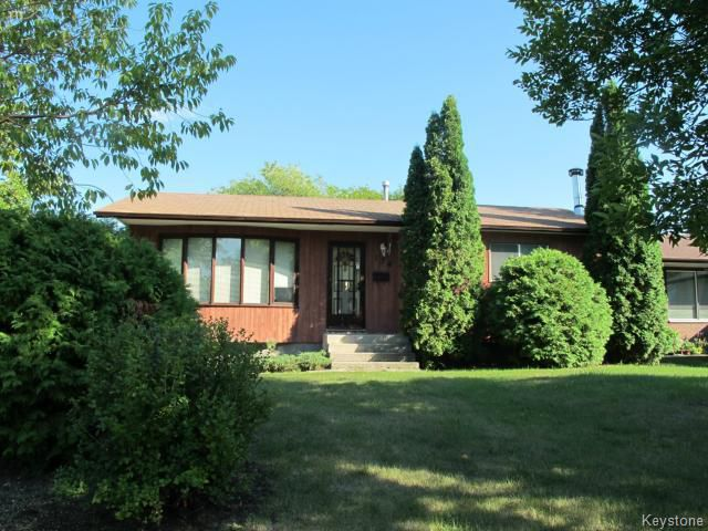 Main Photo:  in WINNIPEG: North Kildonan Residential for sale (North East Winnipeg)  : MLS®# 1319127
