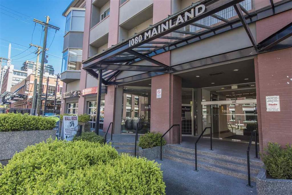Main Photo: 208 1080 Mainland Street in Vancouver: Yaletown Home for sale (Vancouver West)  : MLS®# C8005402