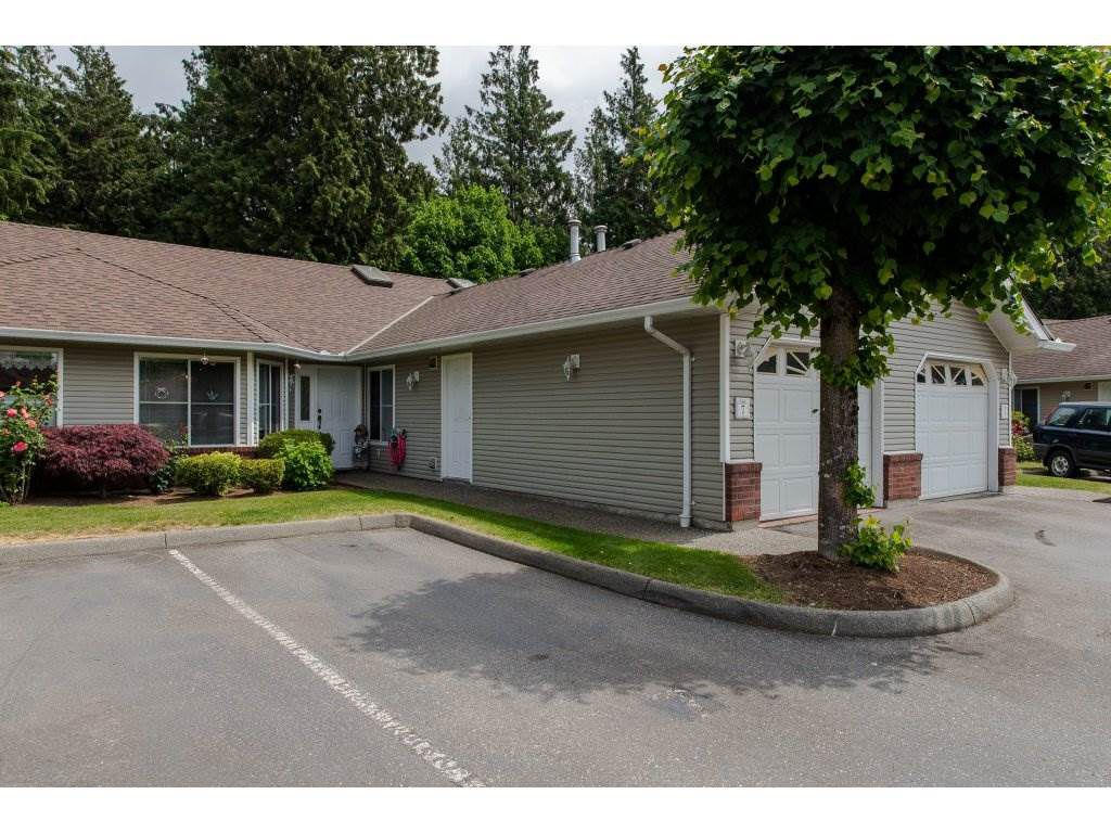 Main Photo: 7 1973 WINFIELD DRIVE in Abbotsford: Abbotsford East Townhouse for sale : MLS®# R2269585