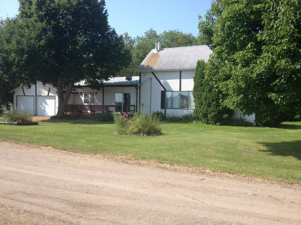 Main Photo: 47094 Mile 72N in Beausejour: Brokenhead House for sale (R03)