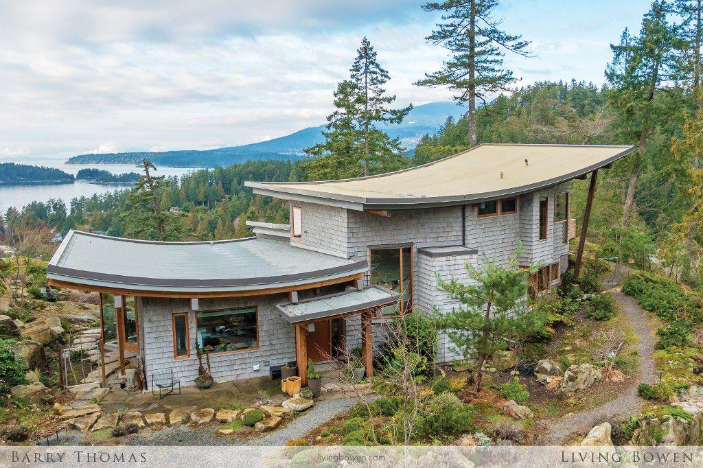 Main Photo: 1650 Evergreen Lane in Bowen Island: Evergreen House for sale : MLS®# R2135429