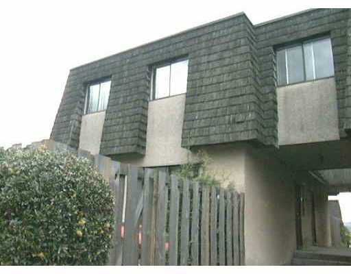 Main Photo: 839 OLD LILLOOET Road in North Vancouver: Lynnmour Townhouse for sale : MLS®# V627160