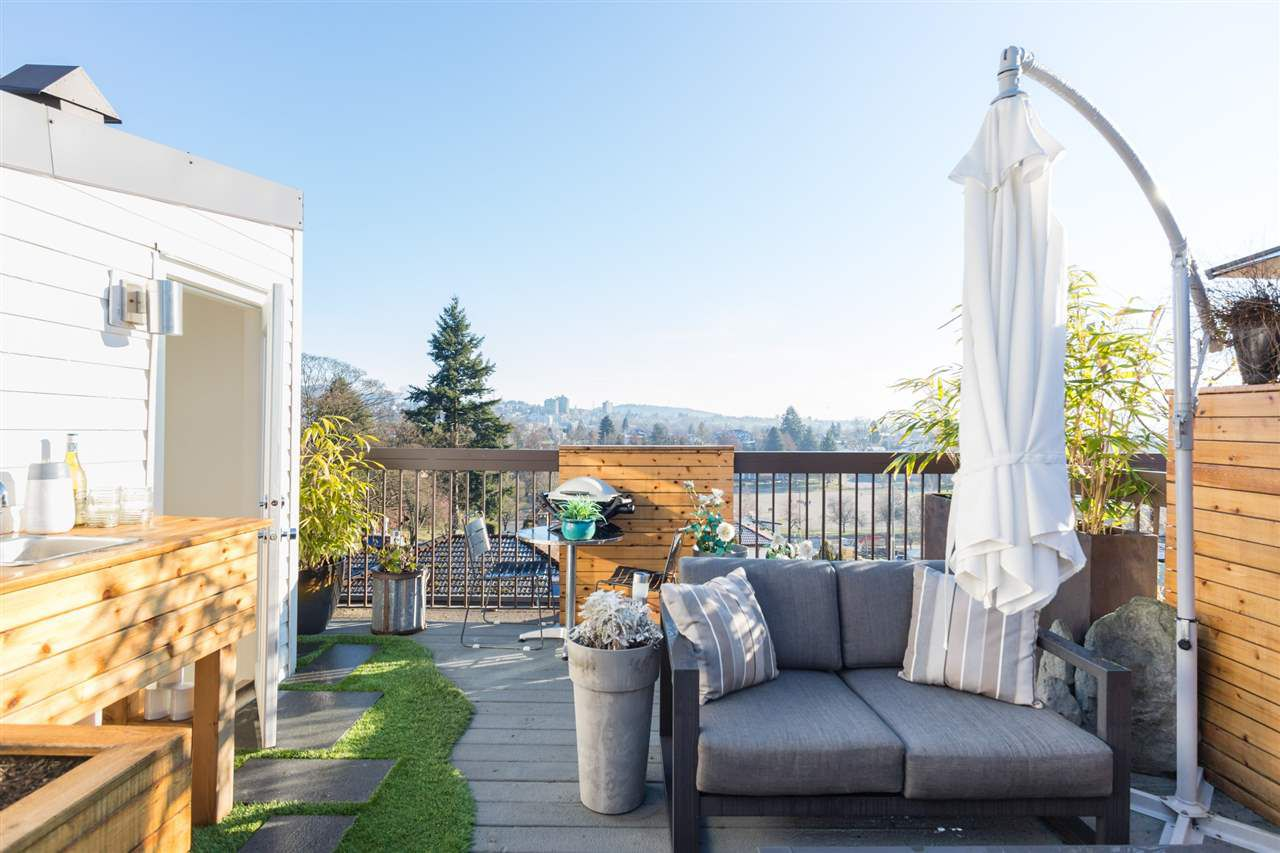 Main Photo: 217 2910 E PENDER STREET in Vancouver: Renfrew VE Townhouse for sale (Vancouver East)  : MLS®# R2332992