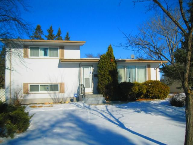 Main Photo: 33 Hollingsworth Avenue in WINNIPEG: Westwood / Crestview Residential for sale (West Winnipeg)  : MLS®# 1201781