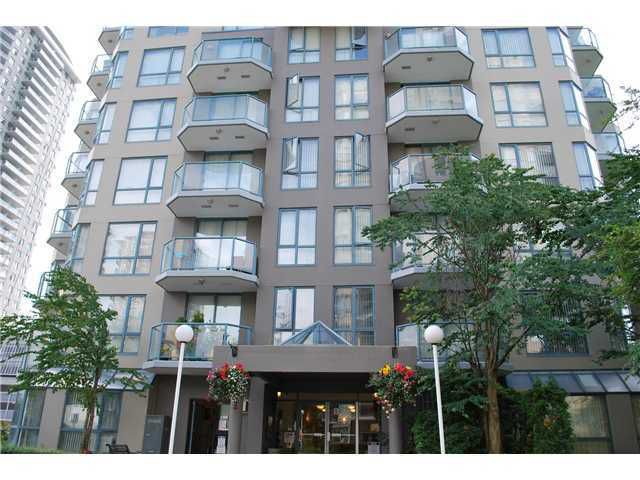 """Main Photo: 603 828 AGNES Street in New Westminster: Downtown NW Condo for sale in """"WESTMINSTER TOWERS"""" : MLS®# V930674"""