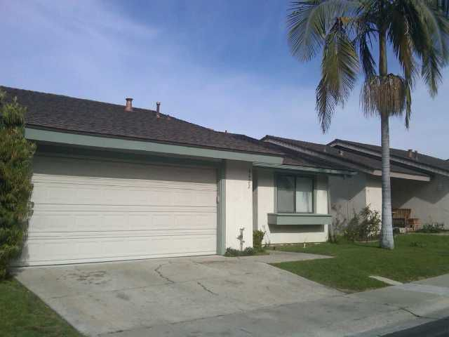 Main Photo: CLAIREMONT Home for sale or rent : 3 bedrooms : 4422 Caminito Pedernal in San Diego