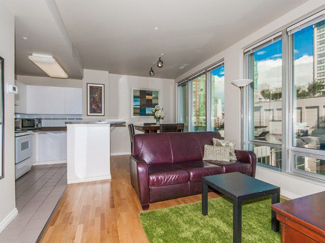 """Main Photo: 413 989 NELSON Street in Vancouver: Downtown VW Condo for sale in """"THE ELECTRA"""" (Vancouver West)  : MLS®# V971260"""