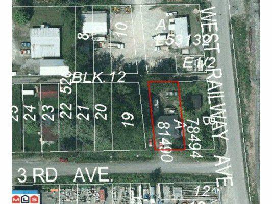 "Main Photo: 34539 3RD Avenue in Abbotsford: Poplar House for sale in ""Huntingdon Border"" : MLS®# F1223514"