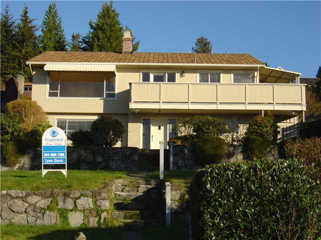 Main Photo: 992 BRAESIDE Street in West Vancouver: Sentinel Hill Home for sale ()  : MLS®# V842296