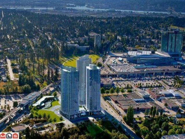 """Main Photo: 1908 9981 WHALLEY Boulevard in Surrey: Whalley Condo for sale in """"PARK PLACE BY CONCORD PACIFIC"""" (North Surrey)  : MLS®# F1305657"""