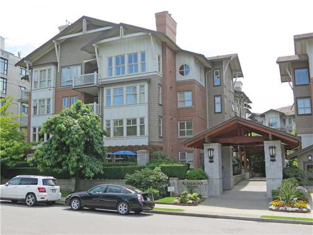 "Main Photo: 1410 4655 VALLEY Drive in Vancouver: Quilchena Condo for sale in ""ALEXANDRA HOUSE"" (Vancouver West)  : MLS®# V1018639"