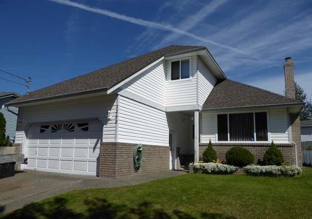 Main Photo: 1260 Gazelle in Campbell River: House for sale : MLS®# 397404