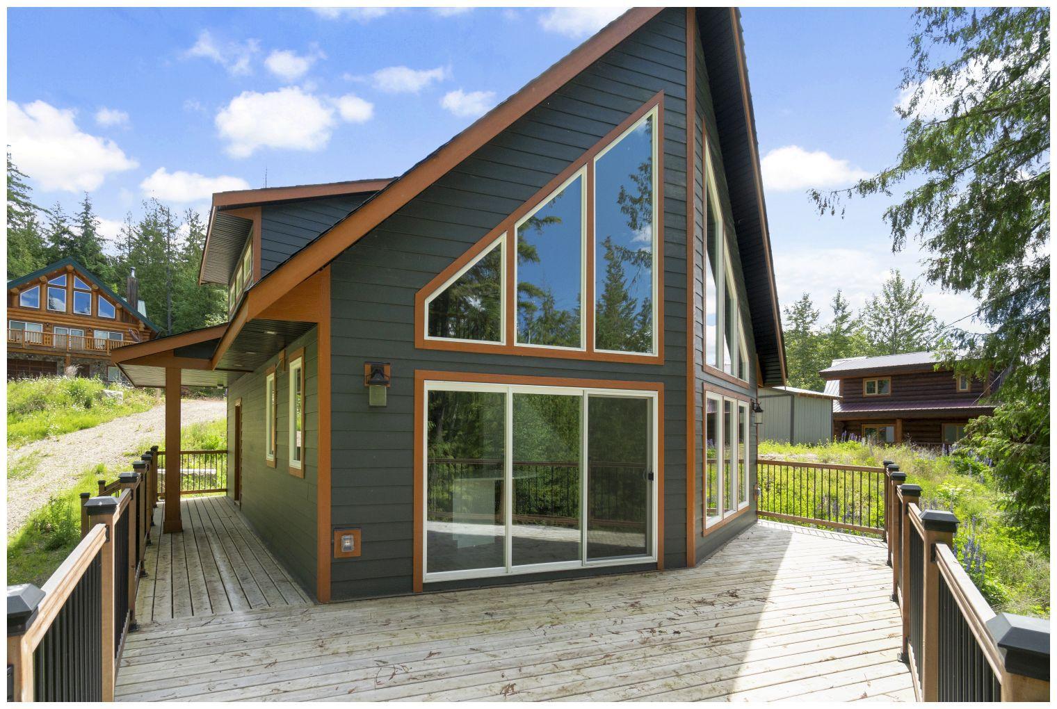 Main Photo: 87 6421 Eagle Bay Road in Eagle Bay: Wild Rose Bay House for sale (Shuswap Lake)  : MLS®# 10185422