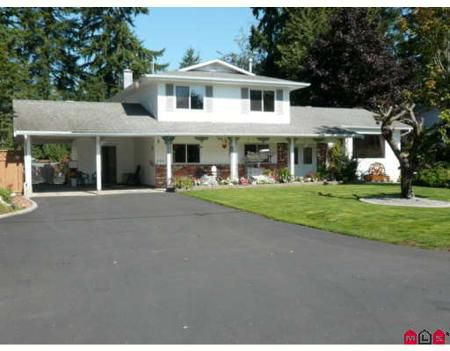 Main Photo: Family Home On 1/4 Acre Lot In Brookswood