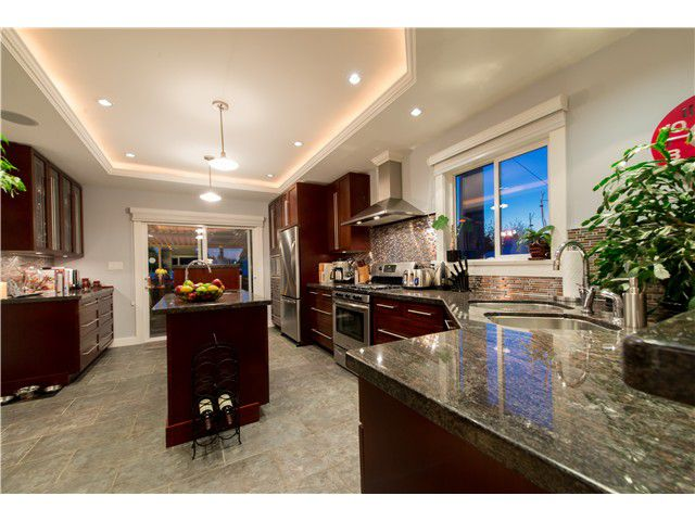 Main Photo: 438 Alberta Street in New Westminster: The Heights NW House for sale : MLS®# V1095824