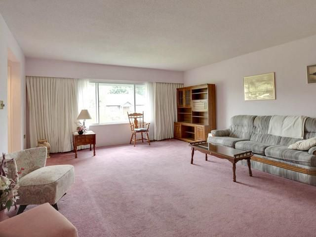 Photo 4: Photos: 748 E 9TH ST in North Vancouver: Boulevard House for sale : MLS®# V1123957