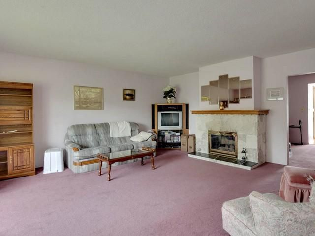 Photo 2: Photos: 748 E 9TH ST in North Vancouver: Boulevard House for sale : MLS®# V1123957