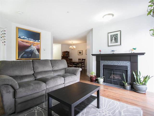 Main Photo: 305 2736 Victoria Street in Vancouver: Grandview VE Condo for sale (Vancouver East)  : MLS®# R2045239