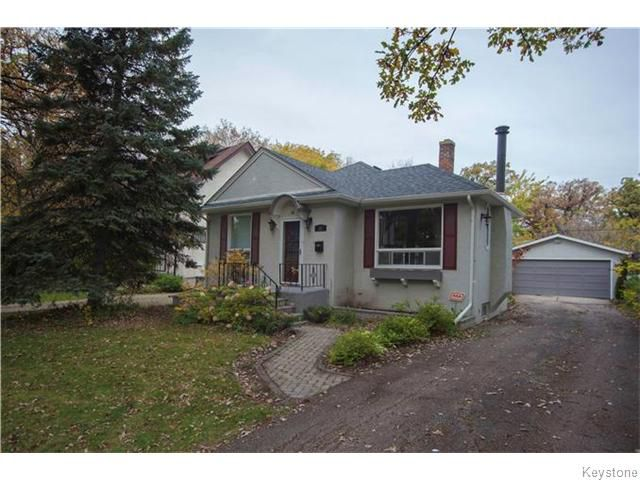 Main Photo: 31 Rosewarne Avenue in Winnipeg: Elm Park Single Family Detached for sale : MLS®# 1527726