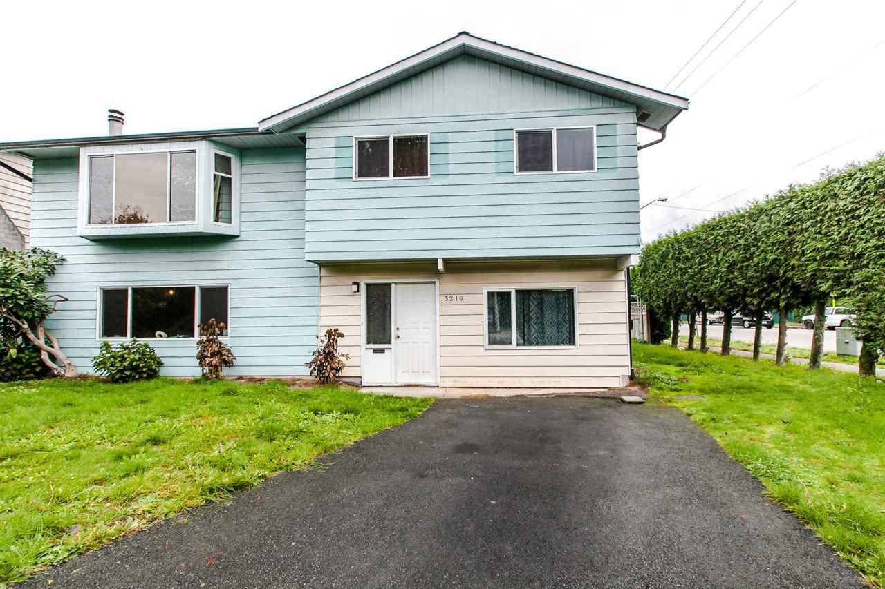Main Photo: 3216 REGINA STREET in PORT COQ: Lincoln Park PQ House for sale (Port Coquitlam)  : MLS®# R2009859