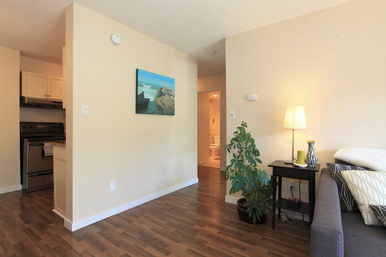 Photo 12: Photos: 211 131 W 4TH STREET in North Vancouver: Lower Lonsdale Condo for sale : MLS®# R2102695