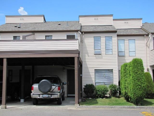 """Main Photo: 241 27411 28TH Avenue in Langley: Aldergrove Langley Townhouse for sale in """"Alderview"""" : MLS®# F1316291"""