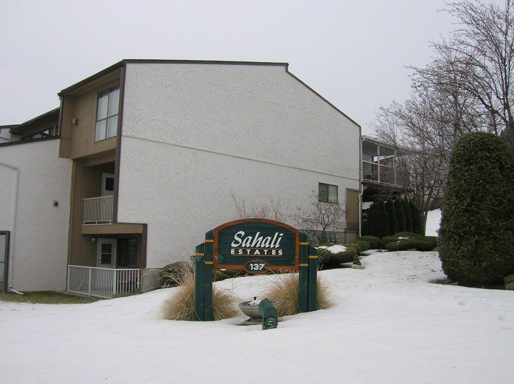 Main Photo: 6-137 McGill Road in Kamloops: SaHali Townhouse for sale : MLS®# 120291