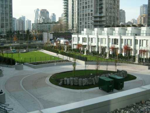 """Photo 2: Photos: 807 939 EXPO BV in Vancouver: Downtown VW Condo for sale in """"MAX II"""" (Vancouver West)  : MLS®# V563074"""