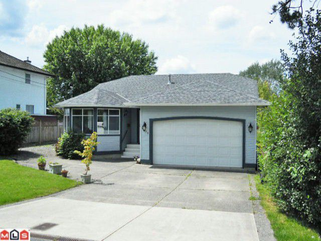 """Main Photo: 4889 216TH ST in Langley: Murrayville House for sale in """"Murrayville"""" : MLS®# F1216844"""