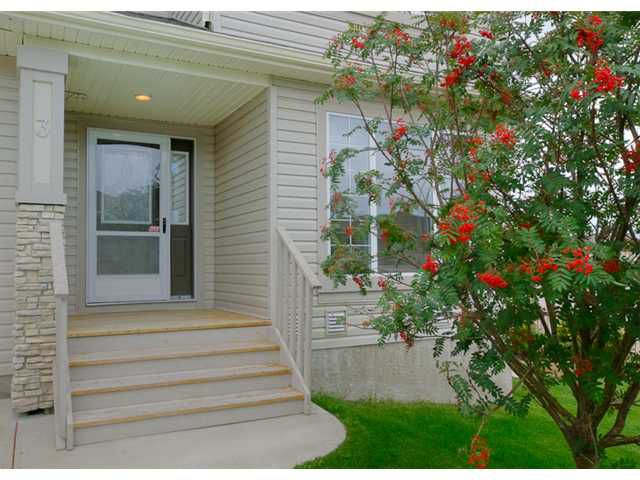 Main Photo: 3 ROCKLEDGE Terrace NW in CALGARY: Rocky Ridge Ranch Residential Attached for sale (Calgary)  : MLS®# C3538734