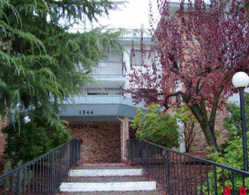 Main Photo: 203 1544 FIR ST: White Rock Condo for sale (South Surrey White Rock)  : MLS®# F2525557