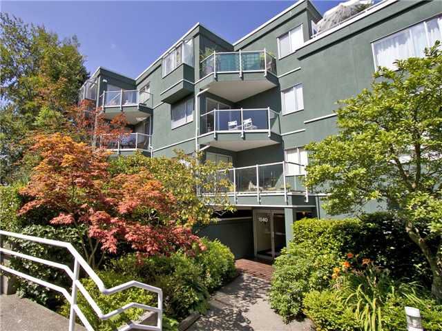 """Main Photo: # 306 1540 MARINER WK in Vancouver: False Creek Condo for sale in """"MARINER POINT"""" (Vancouver West)  : MLS®# V1020314"""