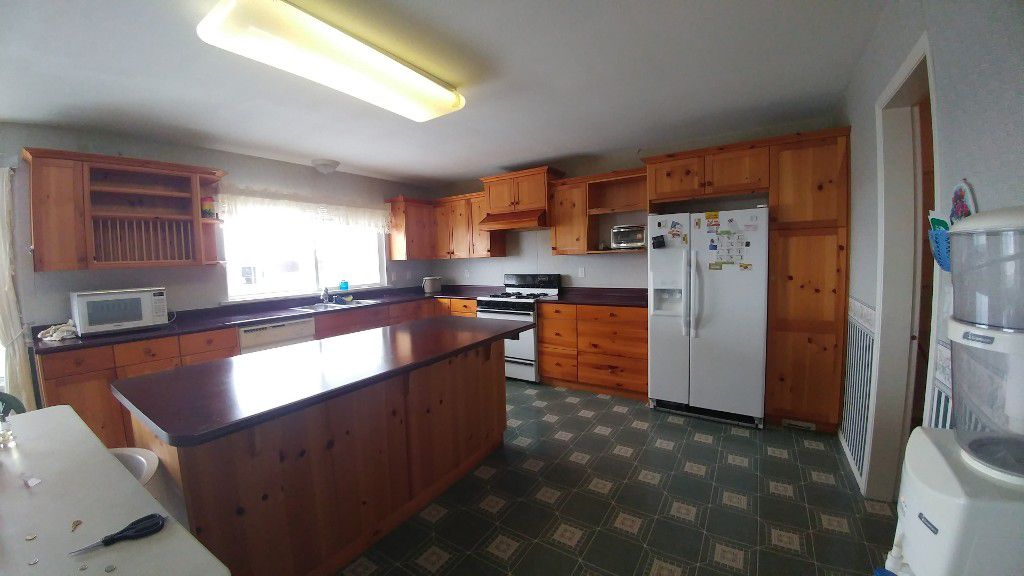 Main Photo: 3518 Promontory Court in Abbotsford: Abbotsford West House for rent