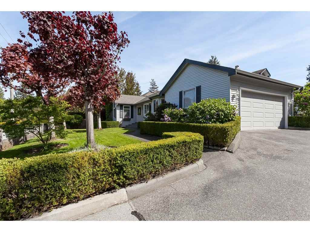 Main Photo: 101 1744 128 STREET in Surrey: Crescent Bch Ocean Pk. Townhouse for sale (South Surrey White Rock)  : MLS®# R2367189