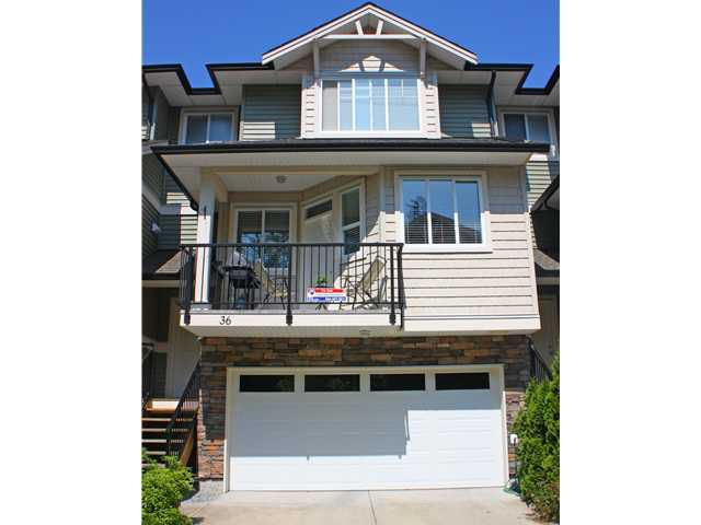 "Main Photo: 36 11720 COTTONWOOD Drive in Maple Ridge: Cottonwood MR Townhouse for sale in ""COTTONWOOD GREEN"" : MLS®# V960971"