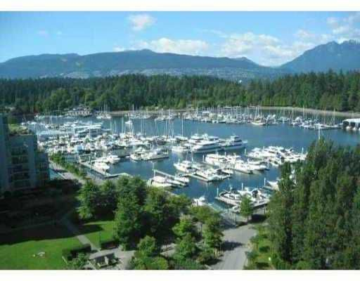 """Main Photo: 704 1650 BAYSHORE Drive in Vancouver: Coal Harbour Condo for sale in """"BAYSHORE GARDENS"""" (Vancouver West)  : MLS®# V975085"""