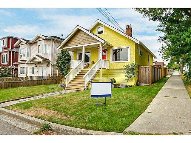"""Main Photo: 5105 RUBY Street in Vancouver: Collingwood VE House for sale in """"Collingwood"""" (Vancouver East)  : MLS®# V1082069"""