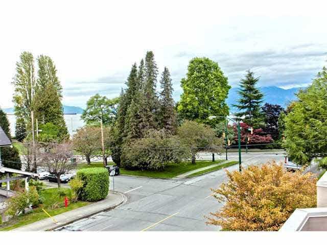 Main Photo: 1714 MACDONALD STREET in : Kitsilano Townhouse for sale : MLS®# V854461