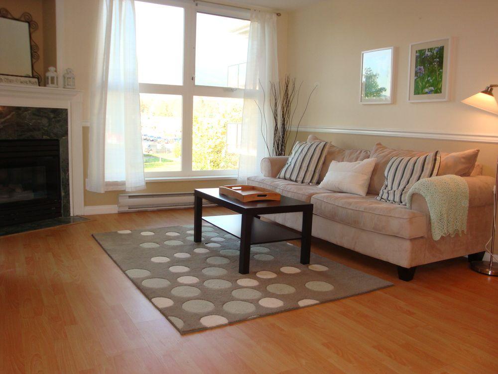 Main Photo: 202 1519 Grant Avenue in The Beacon: Home for sale