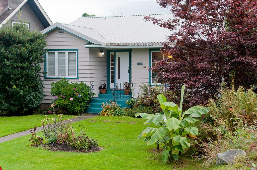 """Main Photo: 412 SHERBROOKE ST in New Westminster: The Heights NW House for sale in """"THE HEIGHTS"""" : MLS®# V1026442"""