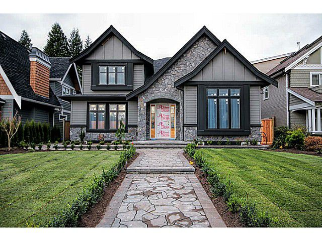 Main Photo: 736 E 15th Street in NORTH VANCOUVER: Boulevard House for sale (North Vancouver)  : MLS®# V1078969