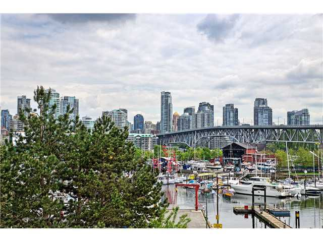 Main Photo: # 201 1490 PENNYFARTHING DR in Vancouver: False Creek Condo for sale (Vancouver West)  : MLS®# V1123177