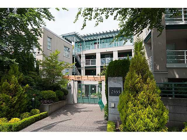 Main Photo: # 204 2555 W 4TH AV in Vancouver: Kitsilano Condo for sale (Vancouver West)  : MLS®# V1134760