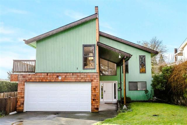 Main Photo: 4239 Dollar Road in North Vancouver: Dollarton House for sale : MLS®# R2036165