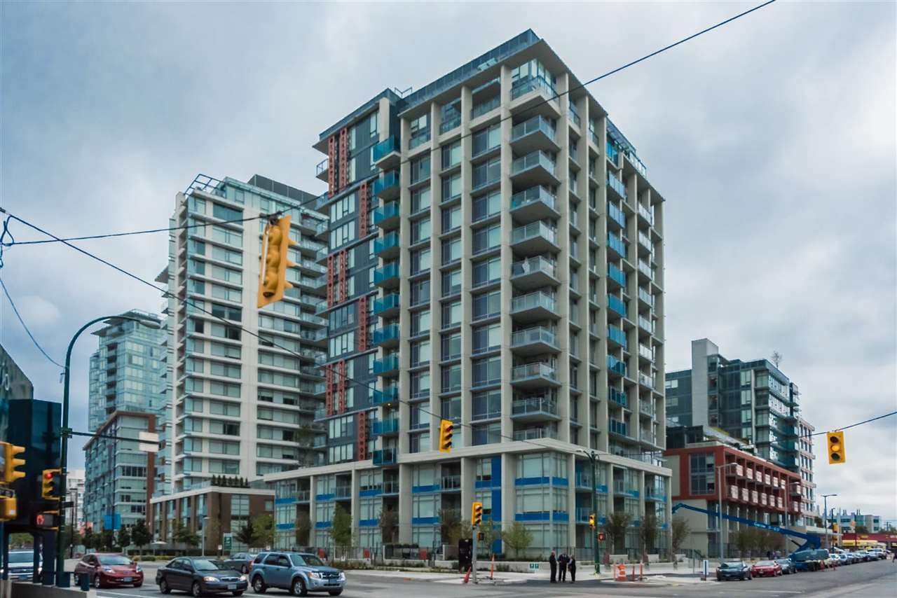 Main Photo: 1611 111 E 1ST AVENUE in Vancouver: Mount Pleasant VE Condo for sale (Vancouver East)  : MLS®# R2106776