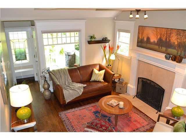 Main Photo: 1 2620 W 1ST AVENUE in : Kitsilano Townhouse for sale : MLS®# V951141