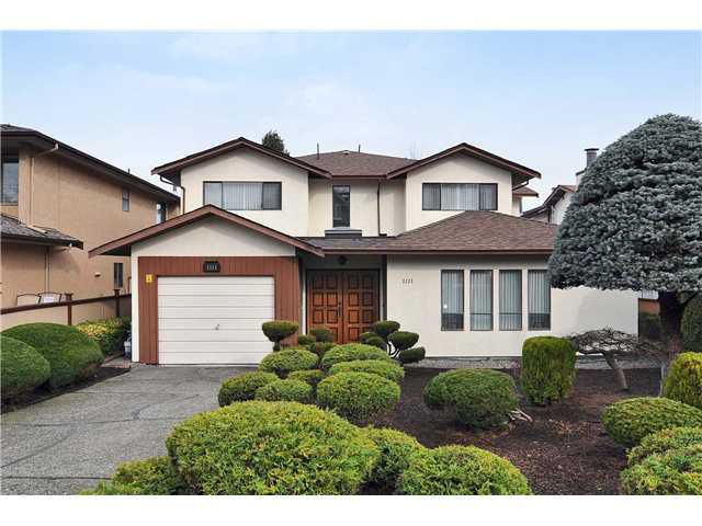 """Main Photo: 1111 E 16TH Avenue in Vancouver: Mount Pleasant VE House 1/2 Duplex for sale in """"MOUNT PLEASANT"""" (Vancouver East)"""